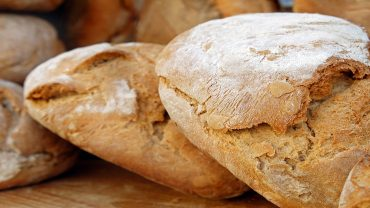 4 things happen when you stop eating bread